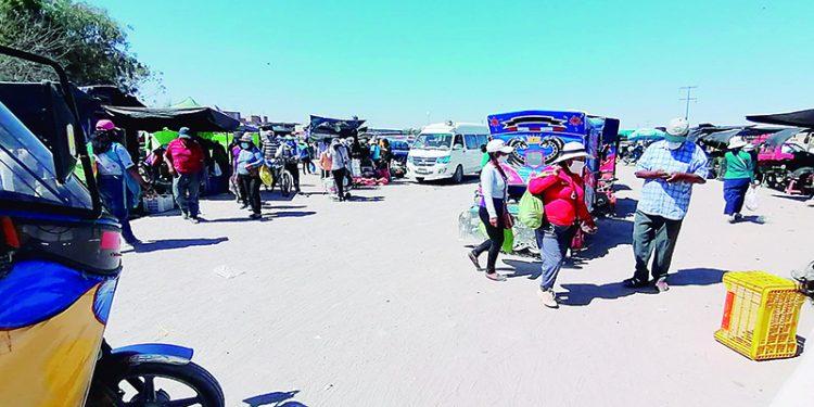 Comercio informal se desborda en Majes a pesar de estar en cuarentena