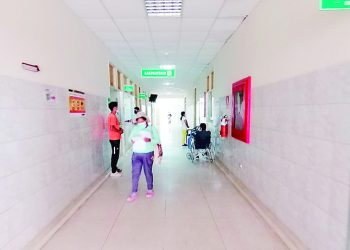 Denuncian carencia de médicos en Majes