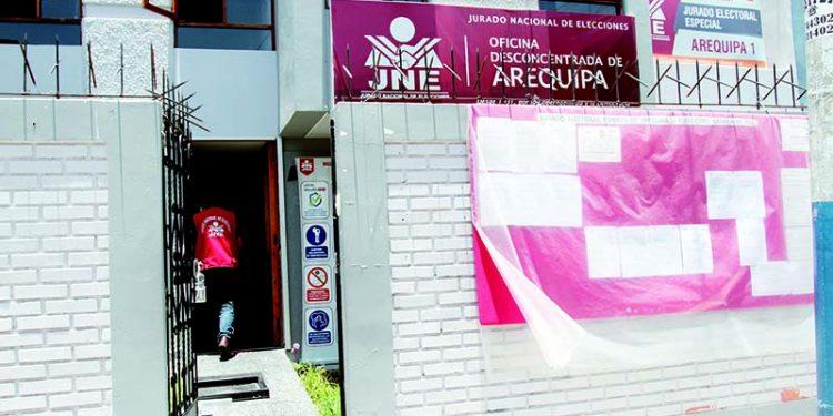 Desestiman excluir a siete candidatos al Congreso por Arequipa