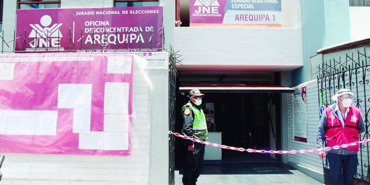 Nueve candidatos por Arequipa quedan fuera de elecciones generales del 11 de abrilNueve candidatos por Arequipa quedan fuera de elecciones generales del 11 de abril
