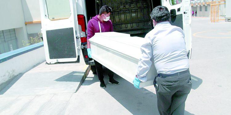 Arequipa suma 3 mil 248 fallecidos tras un año de pandemia por la COVID-19