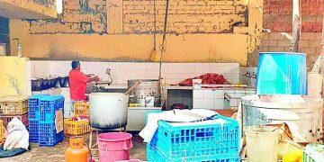Clausuran camal de pollos que operaba en condiciones insalubres