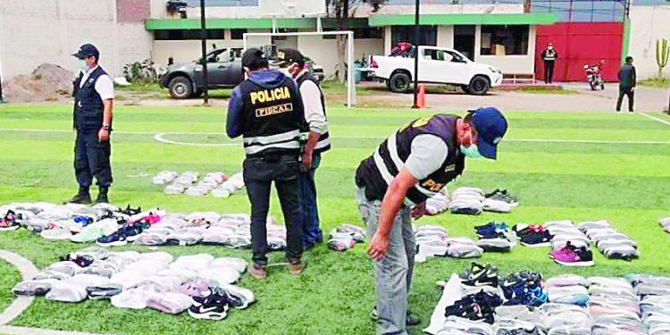 Decomisan zapatillas aparentemente de contrabando valuadas en más de S/65 mil