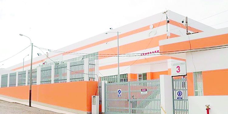 Exigen funcionamiento de hospital tras incremento de muertes por Covid en Chala