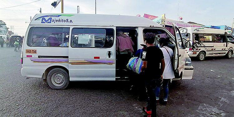 Flexibilización de las restricciones causan descontrol en el transporte en Majes