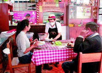 MPA permitiría que restaurantes coloquen sillas y mesas en la vía pública para aumentar aforo