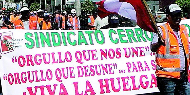 Minera Cerro Verde va a juicio para no pagar multa de más medio millón de soles