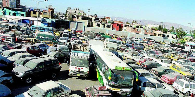 Municipalidad Provincial de Arequipa rematará de 496 vehículos de depósito