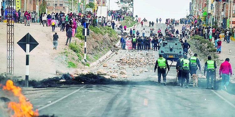 Once detenidos en Arequipa en segundo día del paro nacional de transportistas