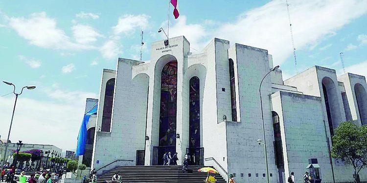 Sentencian a juez de Paz no letrado de El Pedregal por no asistir a desalojo programado