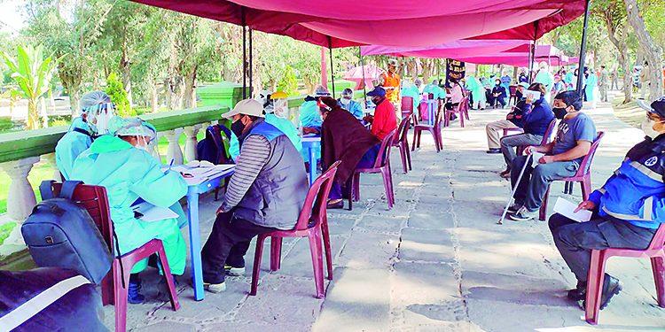 Trece fallecen y 332 se contagian por Covid en las últimas 24 horas en Arequipa