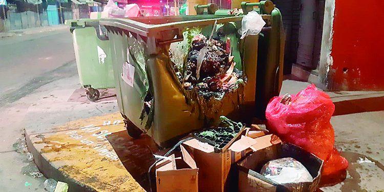 Vandalismo y alcoholismo se desatan sin control en Majes con la quema de contenedores de basura