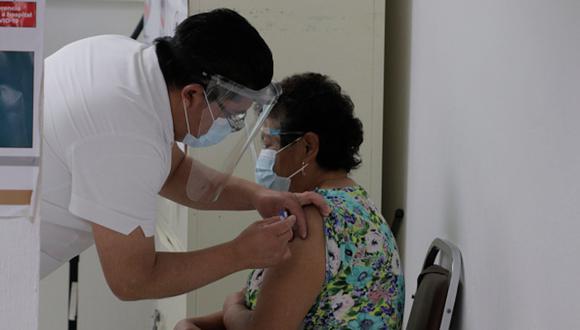 Revisa aquí la lista de los primeros adultos mayores que se vacunarán contra la covid