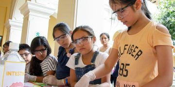 Presentan lineamientos para promover participación de la mujer en ciencia, tecnología e innovación