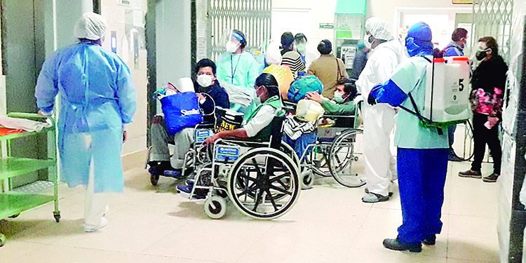 168 camas sin usar en hospital Honorio Delgado por falta de personal