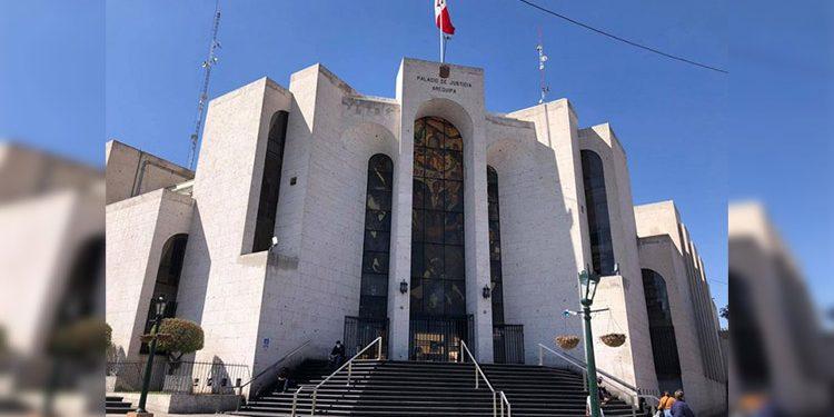 Destituyen a juez de paz de 4 de Octubre por resolver un caso de manera irregular