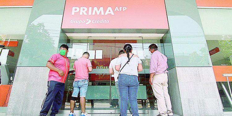 Comisión de Economía aprueba retiro AFP pero mayores de 40 no podrán sacar 100%