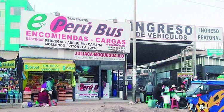 Denuncia que encomienda valorizada en S/ 5 mil desaparece de agencia Perú Bus