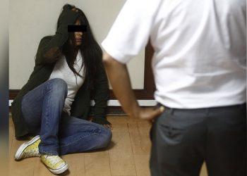Doce años de prisión para dueños de bares que explotaron sexualmente a adolescente durante 3 años en Atico