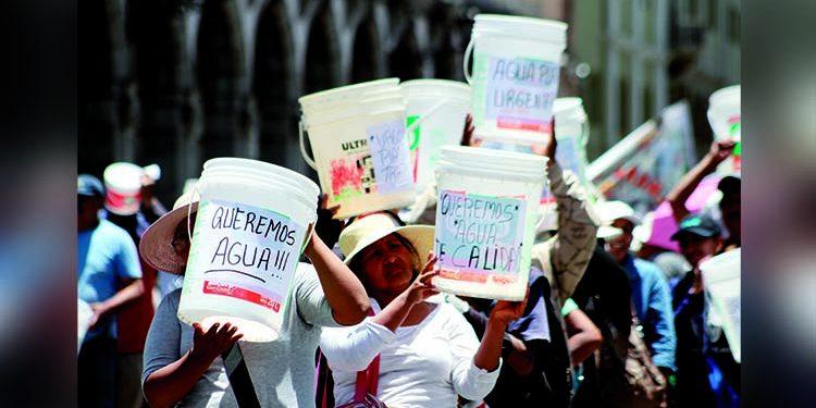 Gestionan agua potable para más de 137 mil hogares en 20 distritos de Arequipa