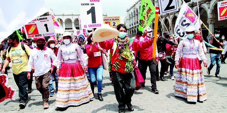 Más del 50% de electores del Sur del país respalda a Pedro Castillo