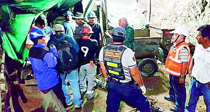 Mineros artesanales casi mueren intoxicados en socavones de Secocha