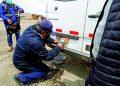 Multan y retiran placas de 22 unidades informales de transporte interprovincial