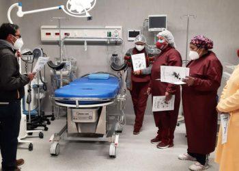 Pronis entrega al Centro de Salud Putina nuevos equipos valorizados en S/ 115 mil