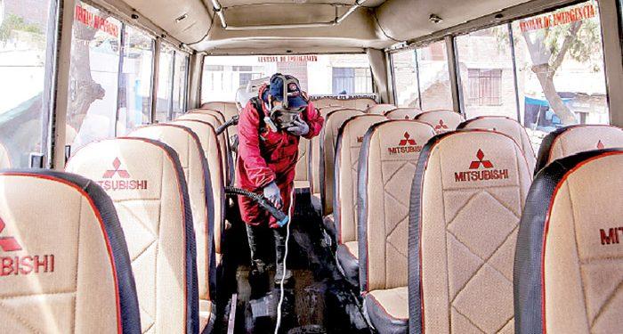 Contraloría halla deficiencias en limpieza y desinfección en buses del SITContraloría halla deficiencias en limpieza y desinfección en buses del SIT