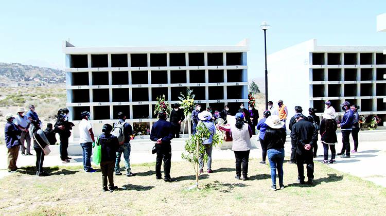 Cementerios distritales en Arequipa con poca capacidad para más entierros en pandemia