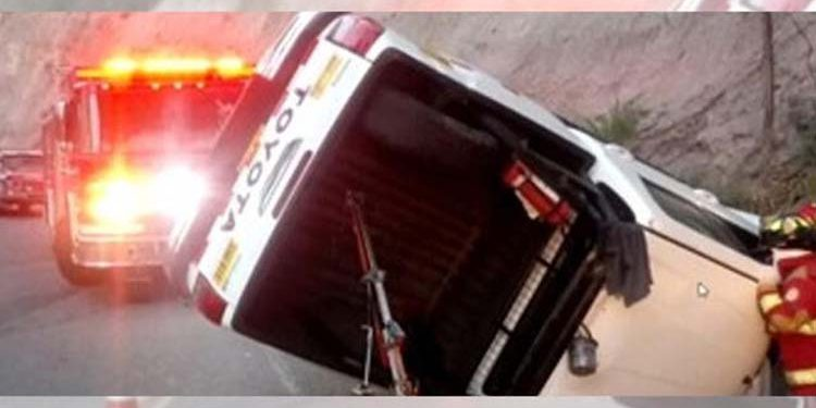 Comitiva de Pedro Castillo sufre aparatoso accidente de tránsito en Ayacucho