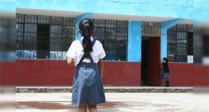 Dictan sentencia para trabajador de colegio que tocó indebidamente a alumna en Chala
