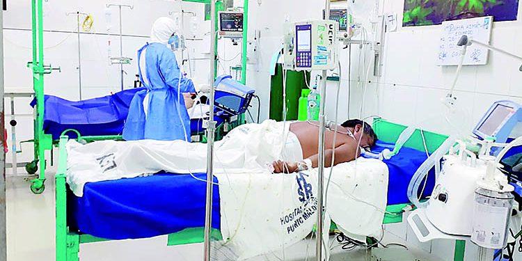 En Arequipa empiezan a decidir a quién salvar en Hospital Covid Honorio Delgado