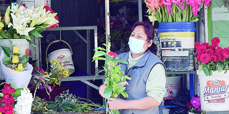 Flores por el Día de la Madre suben de precio en un 30% en Arequipa