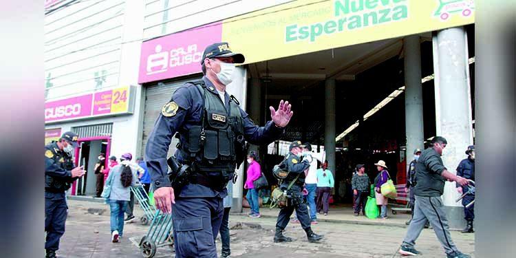 General Zanabria afirma que no habrá transporte ni mercados por debate en Arequipa