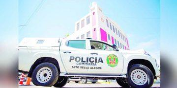 Gobierno Regional Arequipa en problemas por entrega de patrulleros a comisarías