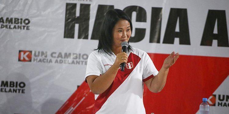 Keiko Fujimori presenta equipo técnico para debate del domingo 23 de mayo