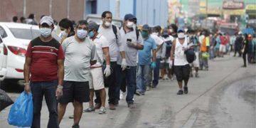 Más de 3 millones de peruanos pasaron a ser pobres en 2020 a causa de la pandemia