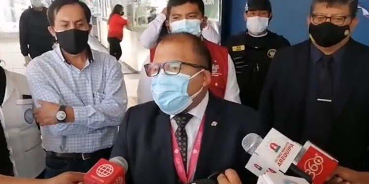 Omar Candia propone que debate presidencial sea a puertas cerradas y sin público