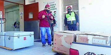 Llegan 2 500 dosis para seguir el proceso de vacunación contra la Covid en Camaná