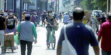 Pico de segunda ola de Covid será en julio y afectará más a jóvenes en Arequipa