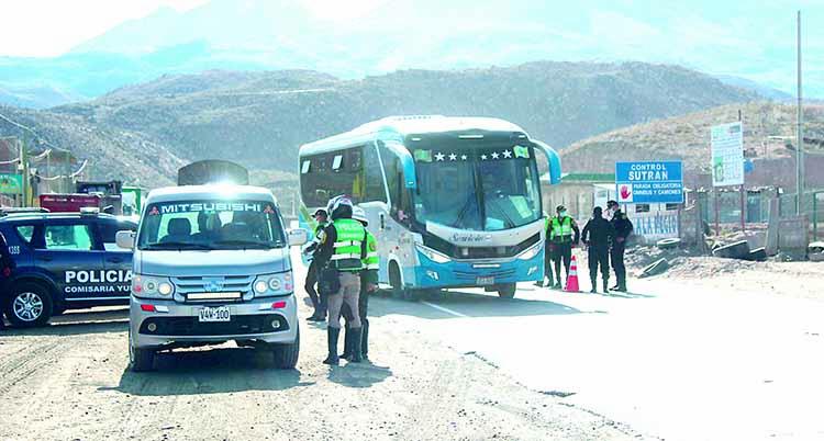 Policías no controlarán 50 accesos de Arequipa pese a cerco epidemiológico – Los Andes