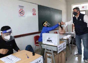 Presentan denuncia penal contra personas que alteraron cifras de actas electorales