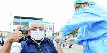 Arequipa: Sigue vacunación contra la Covid a mayores de 60 años en cuatro distritos