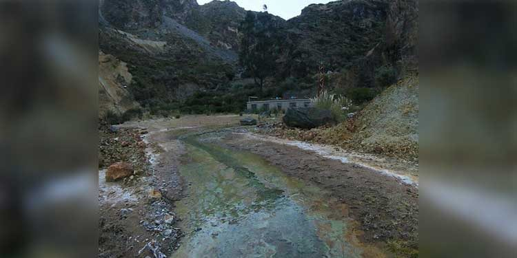 Caylloma: Piden intervención de Arma debido que minería contamina chacras en Lluta