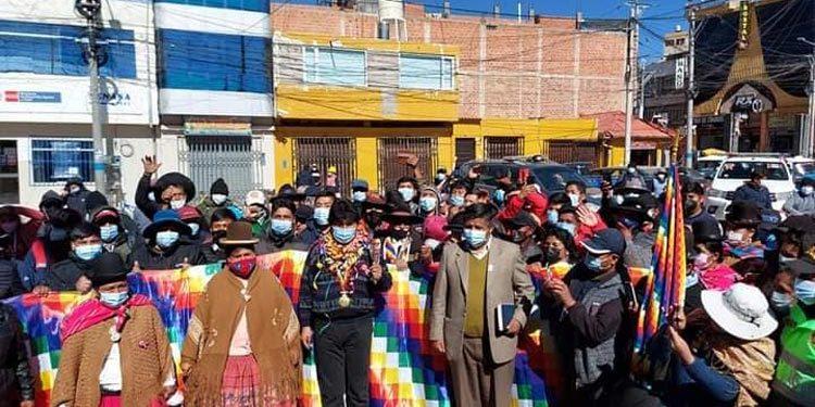 Morales pasó por Puno con destino a Lima para presenciar toma de mando de Castillo