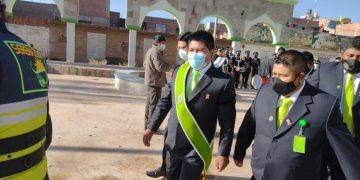 Alcalde de San Miguel huye de la prensa para no responder por obras realizadas