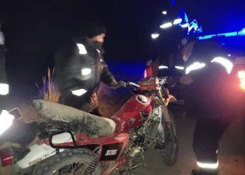 Menores de edad resultaron heridos en despistes de motos lineales en El Collao Ilave