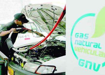 Aprueban norma para impulsar gas natural en transporte industrial, carga y pasajeros