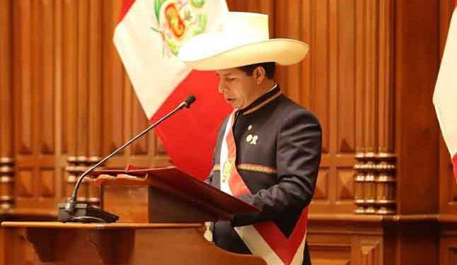 Educación y salud son los ejes del mensaje presidencial pronunciado por Castillo